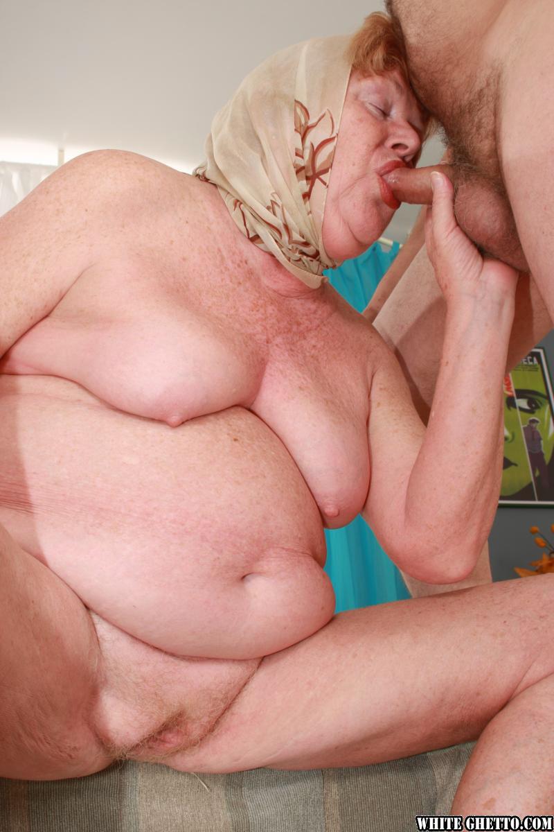 порно толстых бабушек видео онлайн