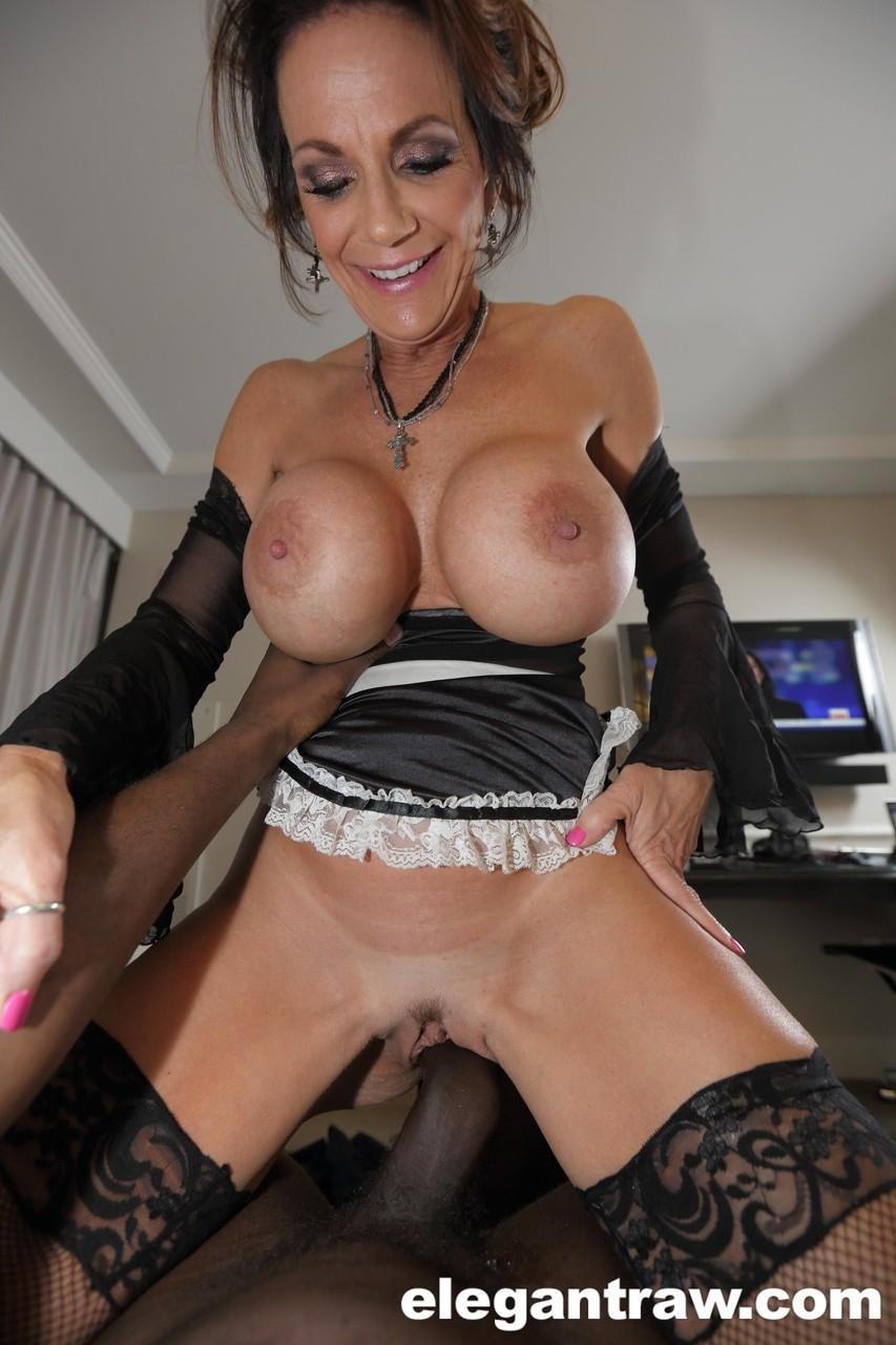 Deauxma Big Tits